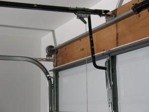 standard-lift-garage-door-residential
