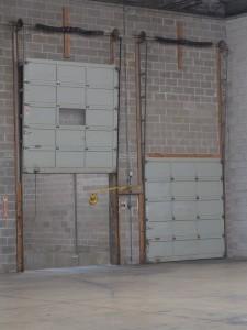 vertical-lift-door