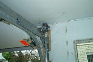 Installing Liftmaster 8500 Openers On Low Headroom Doors