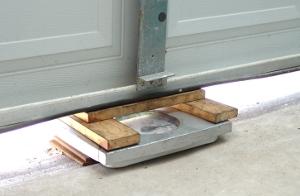 Superieur Determine Door Weight. Weighing A Garage Door