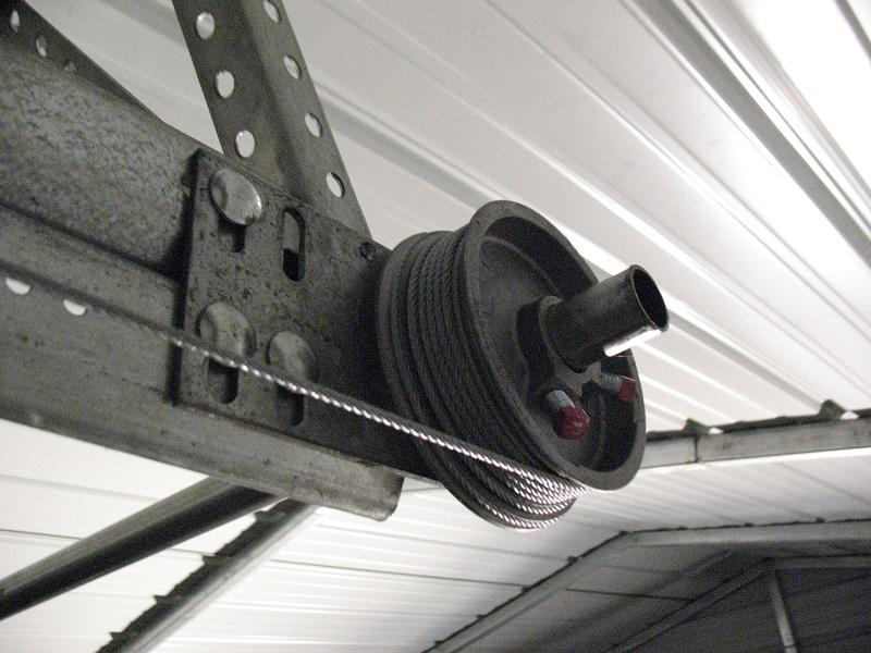 Low headroom garage doors with double tracks dan 39 s for Rear garage door