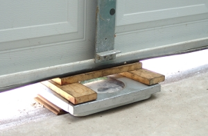 Amazing Determine Door Weight. Weighing A Garage Door